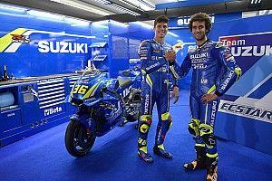 Galería: los pilotos de MotoGP lucen sus nuevos colores en el test de Valencia