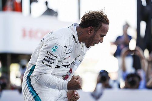 Hamilton soeverein naar overwinning in Japan, Verstappen op podium