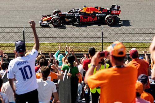 """Verstappen: """"Harika bir gün, inanılmaz bir sonuç"""""""