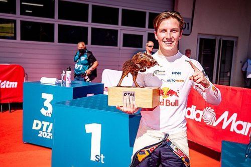 Lawson: Beating van der Linde to DTM title the target