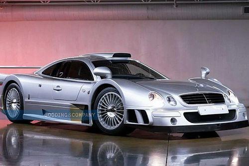 Ebből a Mercedesből összesen 26 darabot gyártottak, egy példány pedig eladósorba került