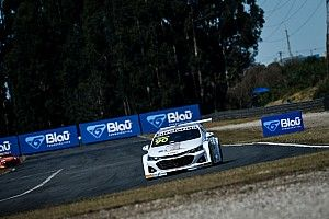 Stock: Ricardo Maurício confirma favoritismo e vence primeira corrida de Curitiba