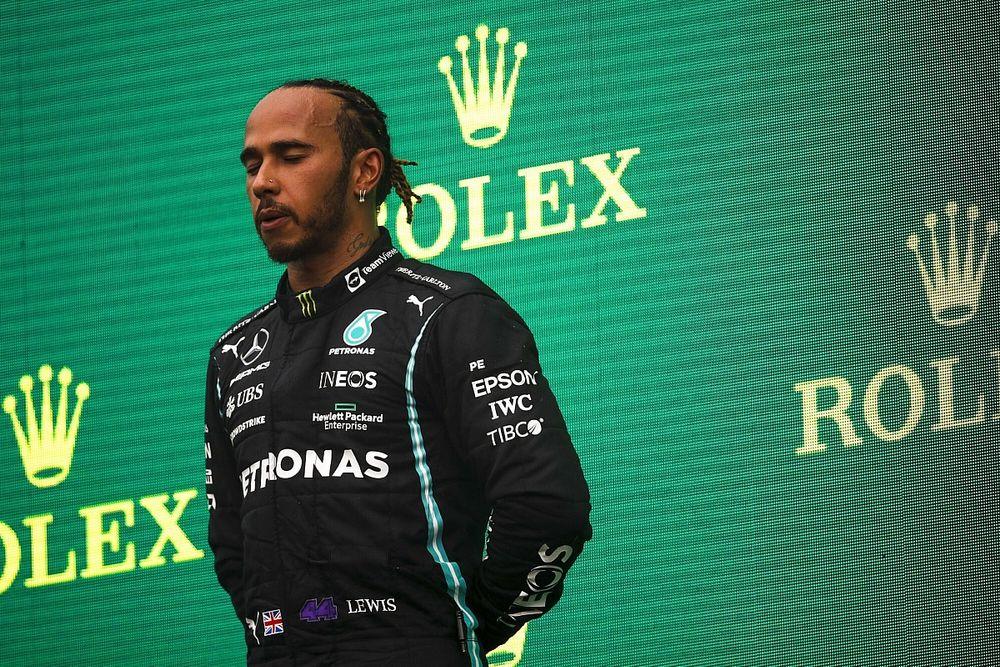 A Top Gear korábbi sztárja beszólt Hamiltonnak?