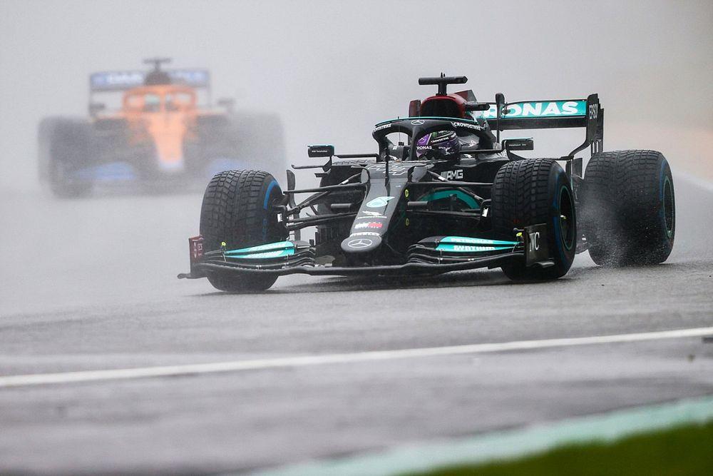 Hamilton chciałby darmowego wyścigu dla kibiców