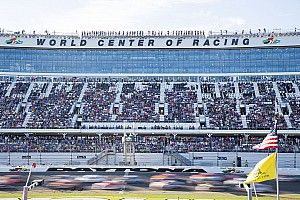 42 entries for 2017 Daytona 500