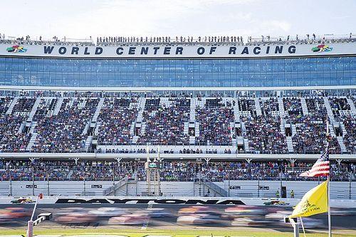 42 entries for 2017 Daytona 500