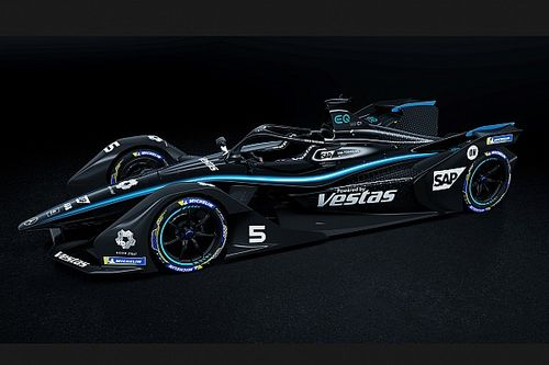 Mercedes to run all-black livery in Formula E too