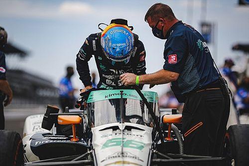 """ألونسو: """"لم يكن بوسعي تحقيق أكثر من ذلك"""" في سباق إندي 500 بعد مشكلة القابض"""