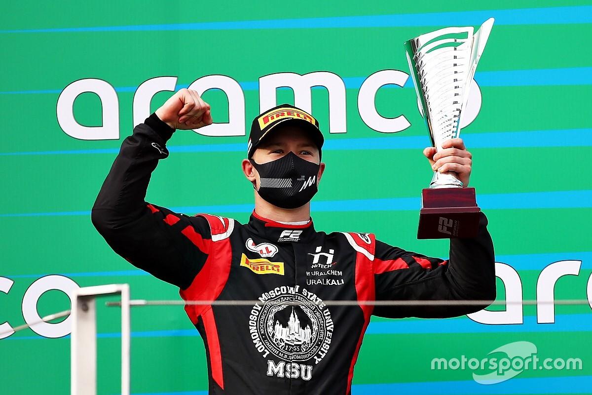 Resmi: Haas, Mazepin'le devam edecek!