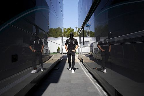 Mercedes обошла запрет тестов на новых трассах. Боттас проехал в Имоле