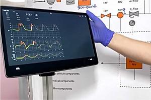 Videó: Így készítene a Tesla autóalkatrészekből lélegeztetőgépeket