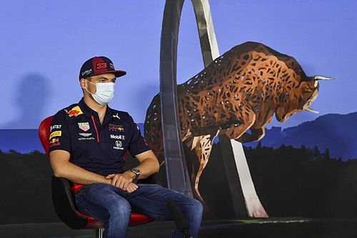 "Verstappen had ""zero days"" in Red Bull simulator"