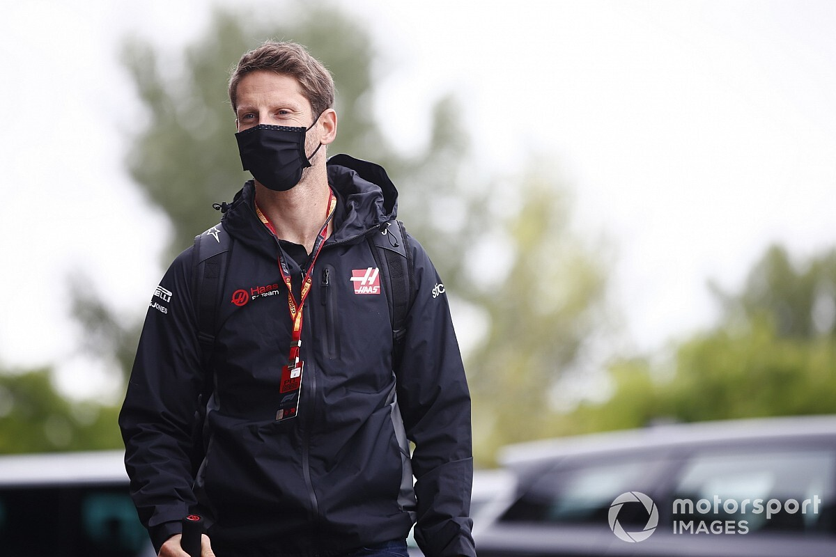 "Grosjean apologises for ""elephant in the room"" comment"