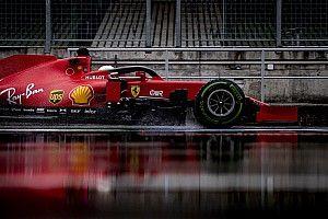 EXTRA: Vettel onboard köre a Ferrarival a vizes Hungaroring a pénteki napról