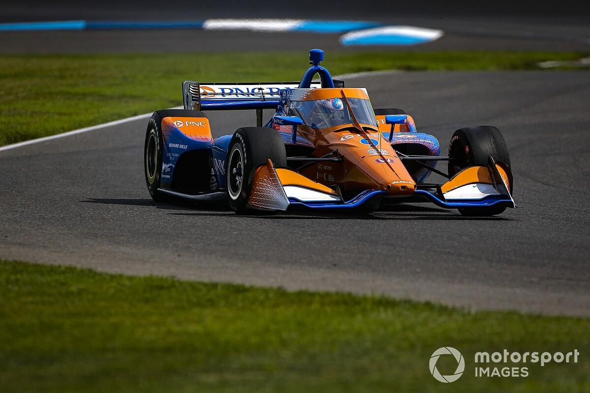 IndyCar: Dixon vence fácil no misto de Indianápolis; Power é 20º