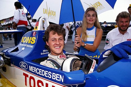 Чемпионскую машину Шумахера продадут на аукционе