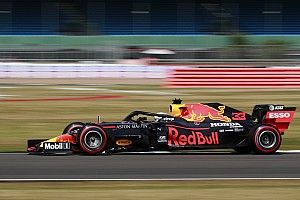 Red Bull sigue confiando en su filosofía, a pesar de Mercedes