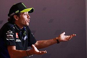 """Rossi over geruchten: """"Mijn afscheid is blijkbaar groot nieuws"""""""