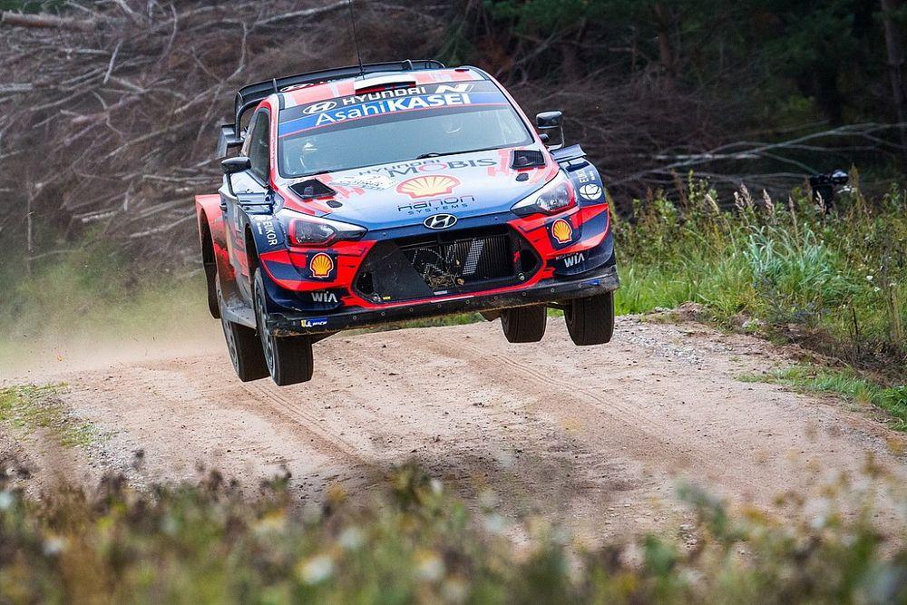 WRC, Rally Estonia, PS16: Tanak vede la vittoria, ma che brivido!