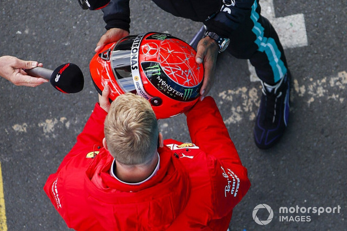 Hamilton Presented With Schumacher Helmet After Win Flipboard