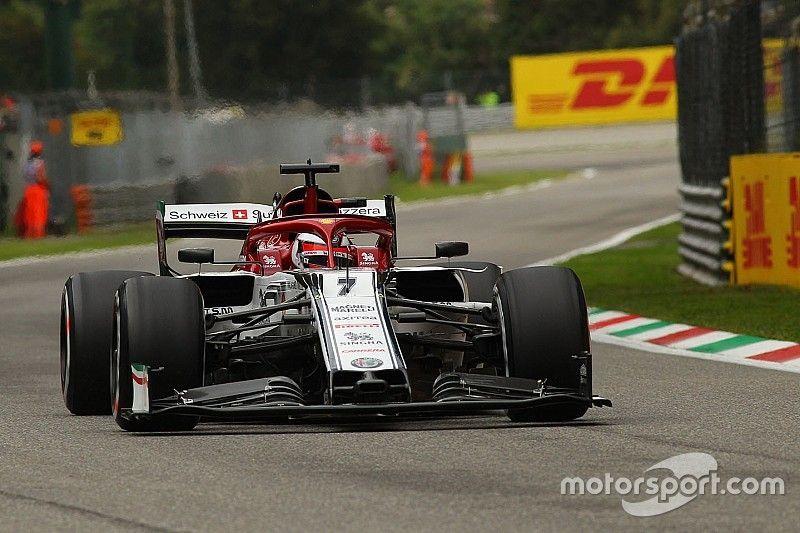 """Tyre mistake capped """"sh** weekend"""" for Raikkonen"""