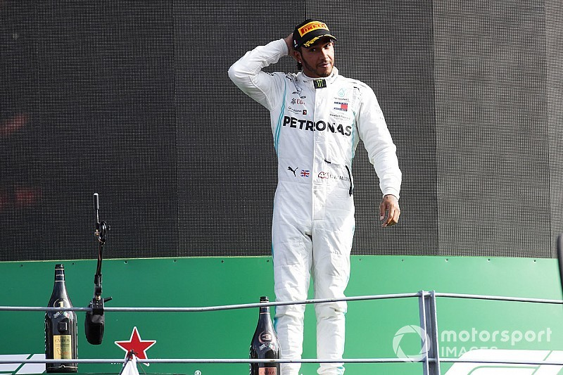 'Mais vaiado da história de Monza', Hamilton reclama de pódio na Itália