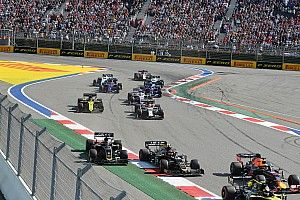 Alesi calls for penalties for speeding on asphalt run-offs