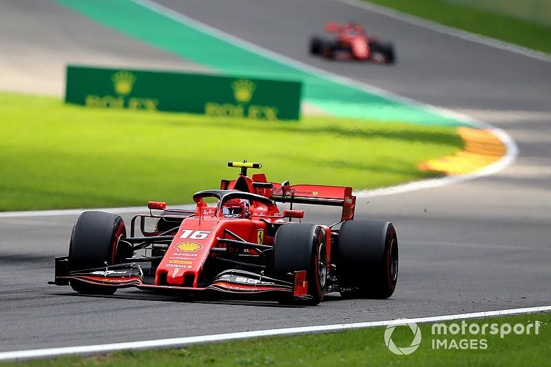 """Hamilton prijst Leclerc: """"Zijn resultaten spreken voor zich"""""""