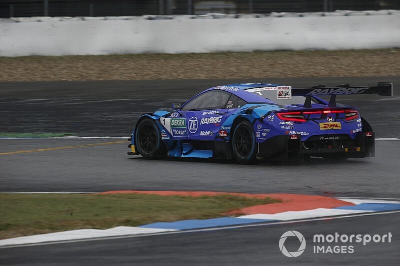 Button nem áll rajthoz Fujiban a Super GT és a DTM közös futamán