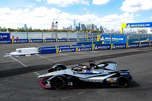 Super Pole di Buemi a New York, disastro per Vergne e Di Grassi