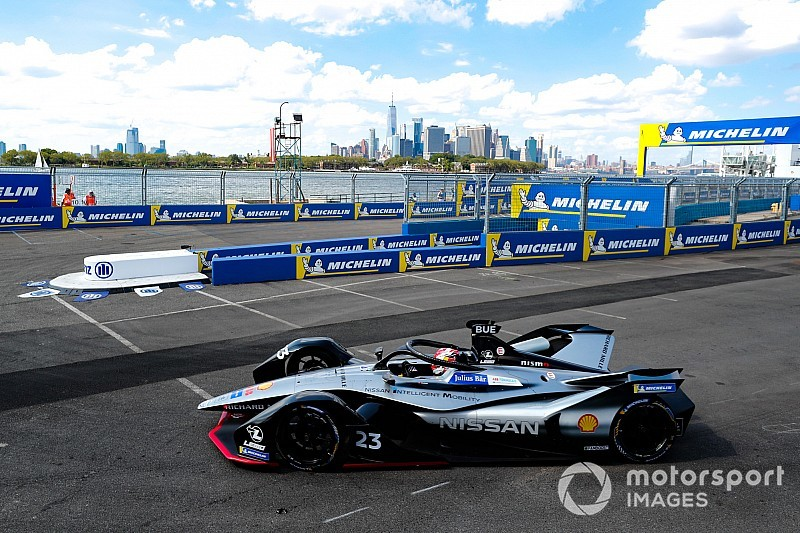 New York E-Prix: Buemi takes first-race pole by huge margin