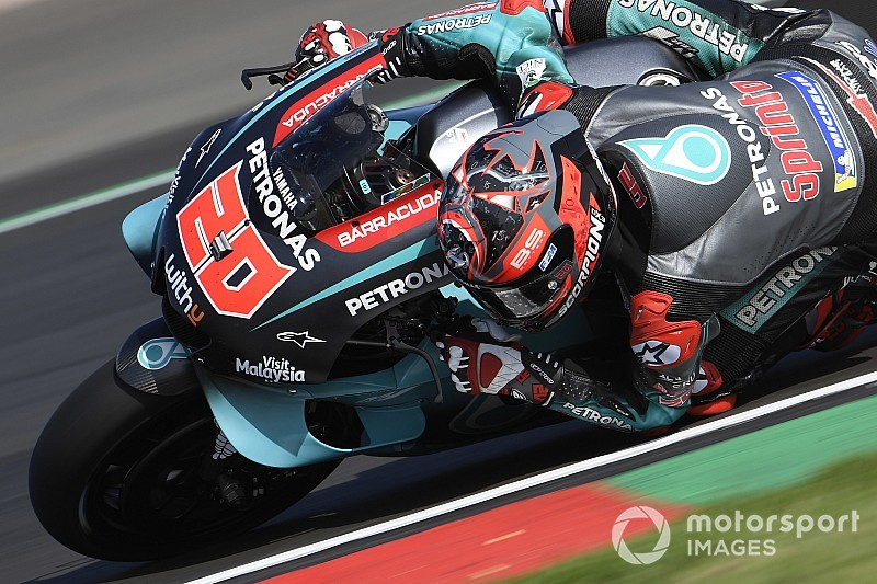 MotoGP, Silverstone, Warm-Up: Quartararo risponde a Marquez