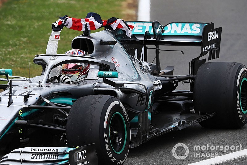 "Hamilton's shock fastest lap ""made data look silly"" - Wolff"