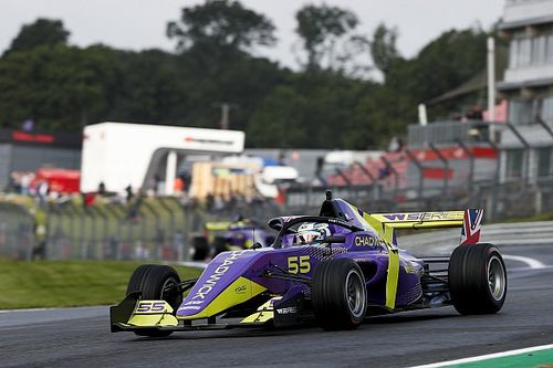 W Series, Brands Hatch: alla Chadwick l'ultima pole