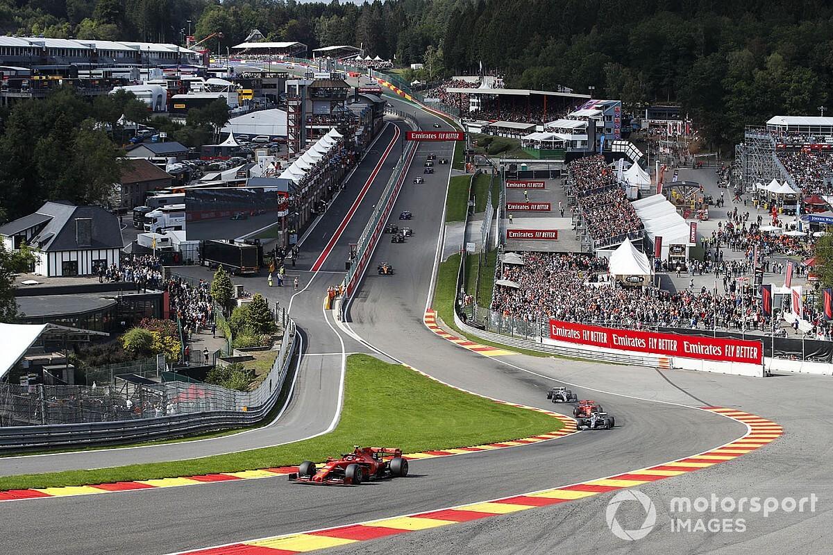 Osiem wyścigów w Europie