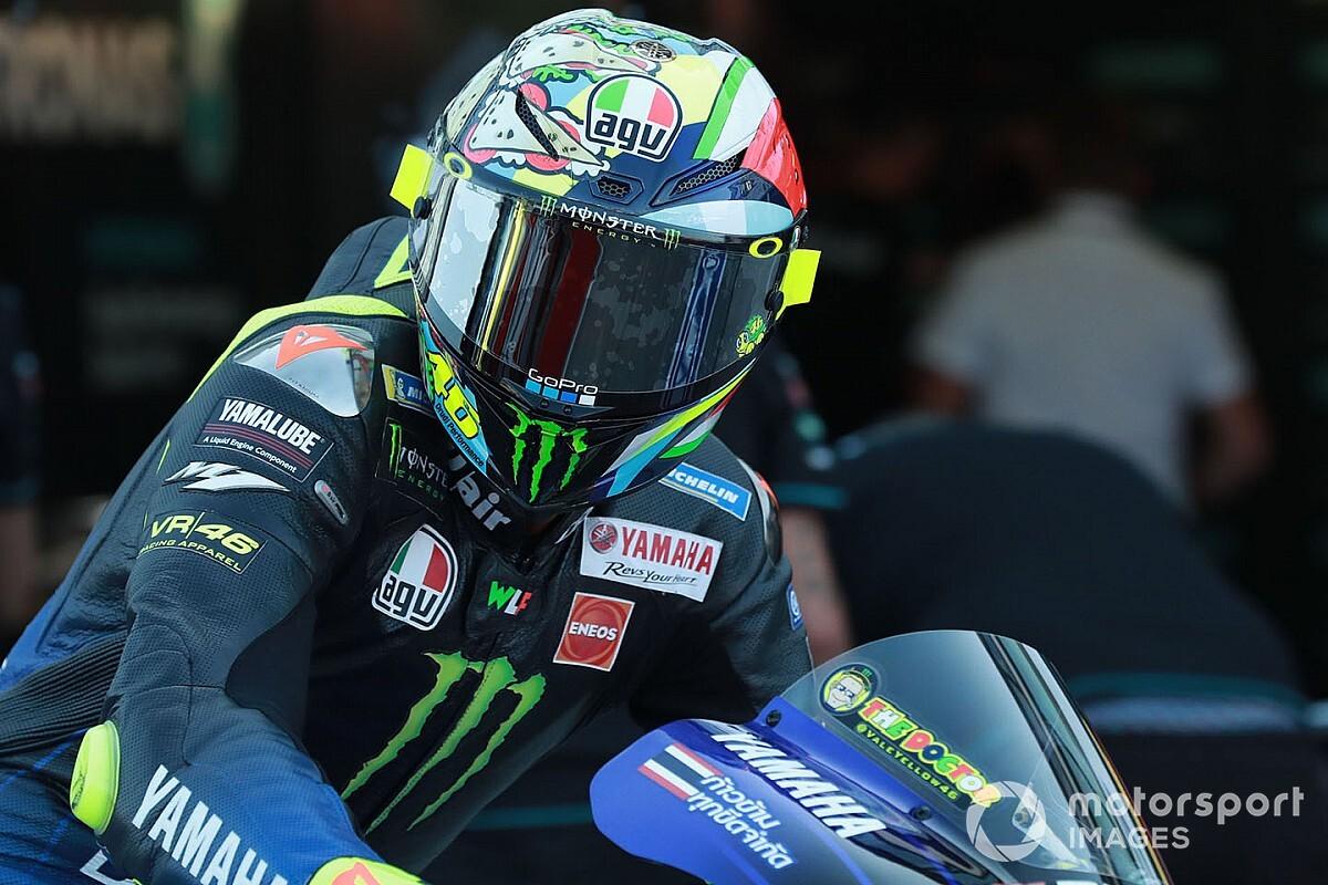 Rossi a pris le guidon d'une Superbike à Misano
