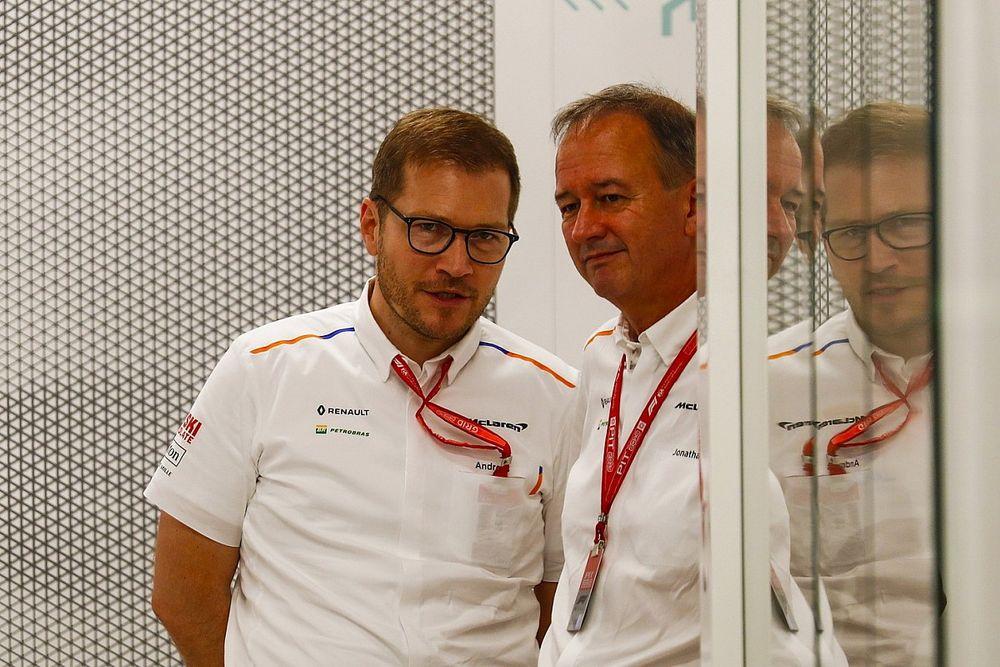 Один из руководителей покинет McLaren после 20 лет в команде