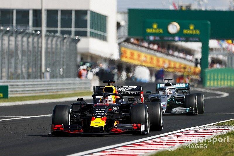 """Red Bull quedó atrapado en Hungría en situación de """"todo para perder"""""""