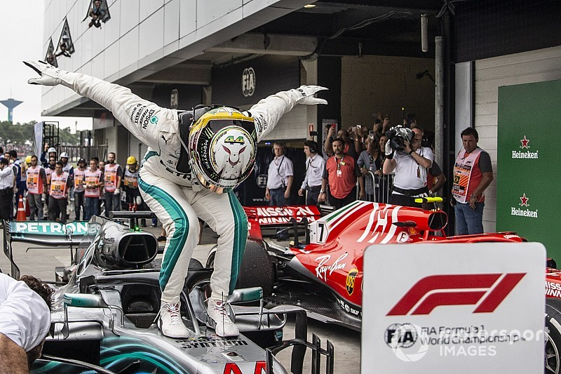 Fotogallery F1: il GP del Brasile dona il titolo Costruttori alla Mercedes