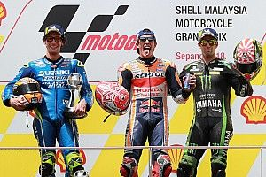 Sepang MotoGP: Rossi crash hands Marquez easy win