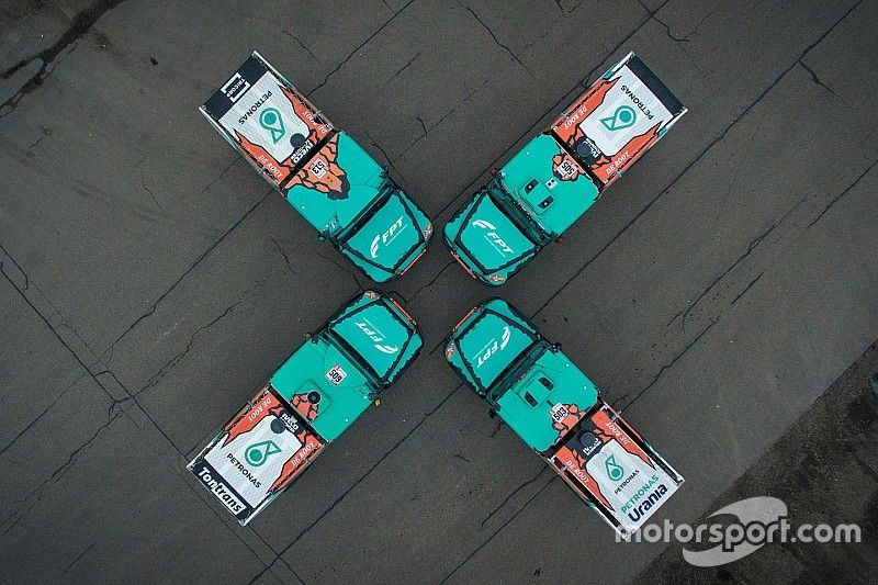 Dakar 2019: non servono ricambi per il motore FPT Cursor 13 del team De Rooy!