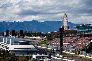 Liveblog: Verstappen mikt op podium, FIA volgt tyfoon