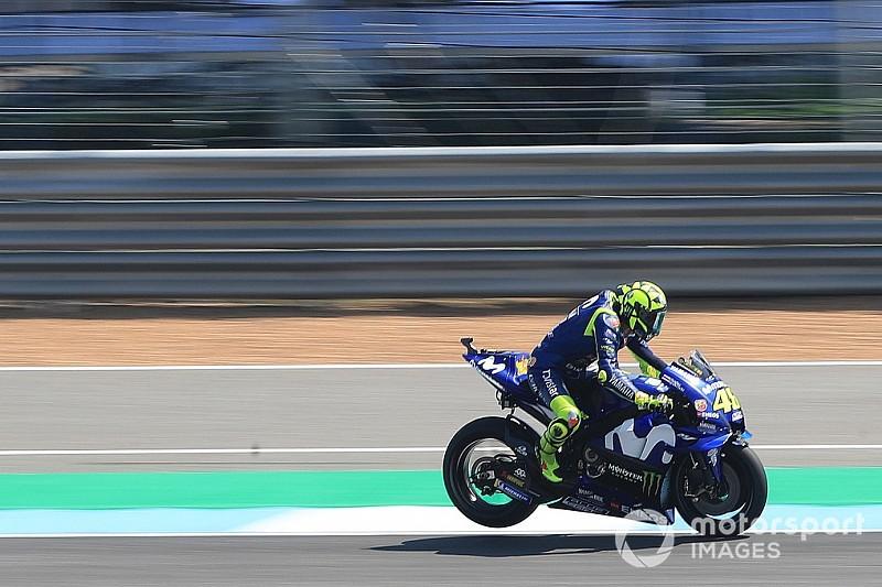 """Le niveau des Yamaha vendredi ? """"Ce n'est pas la réalité"""" selon Rossi"""