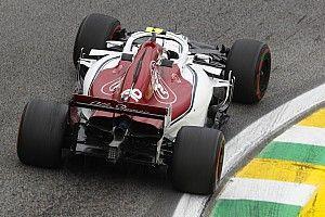 Leclerc alatt szárnyal a Sauber: a 3.5 millió dolláros csata a Toro Rosso ellen