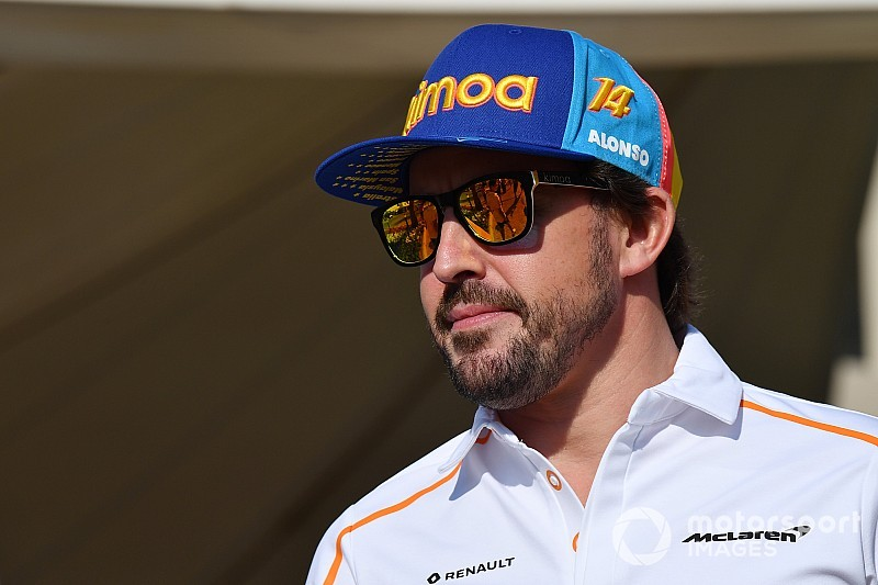 """Alonso admits he might get """"desperate"""" to return to F1"""