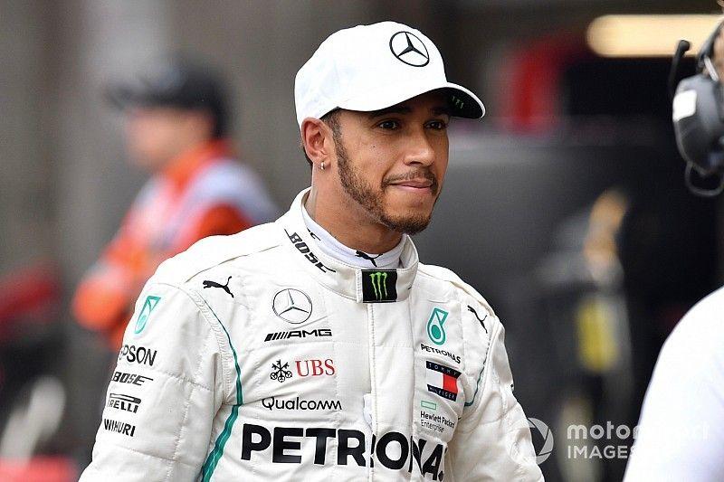 Hamilton quiere hablar con la FIA sobre los pilotos jóvenes