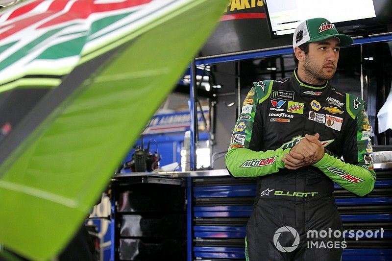 """Despite playoff win, Chase Elliott says """"the pressure is on"""" at Kansas"""