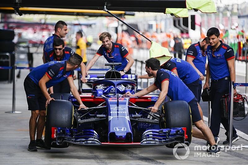 Honda introduce un motor actualizado en Rusia y sus pilotos penalizan