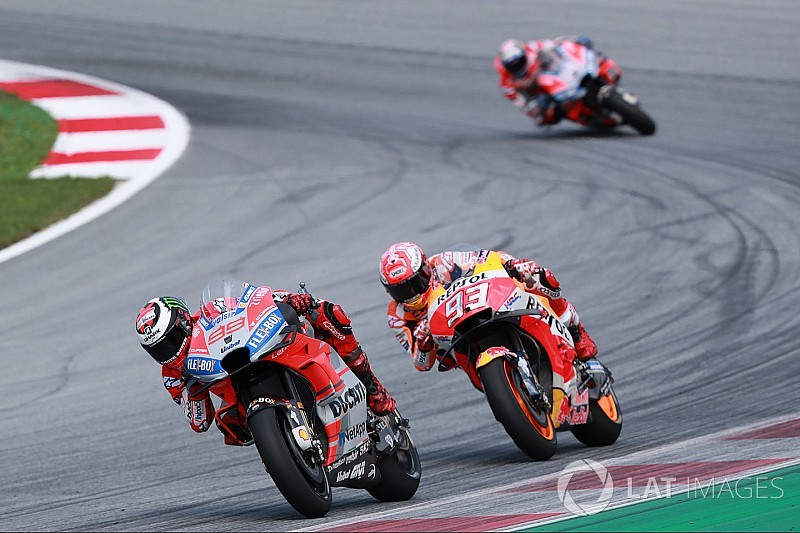 """MotoGP Spielberg: Wie Lorenzo das """"Monster"""" Marquez bezwungen hat"""