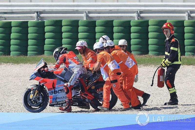 "Lorenzo blames ""rock""-like medium tyre for crash"
